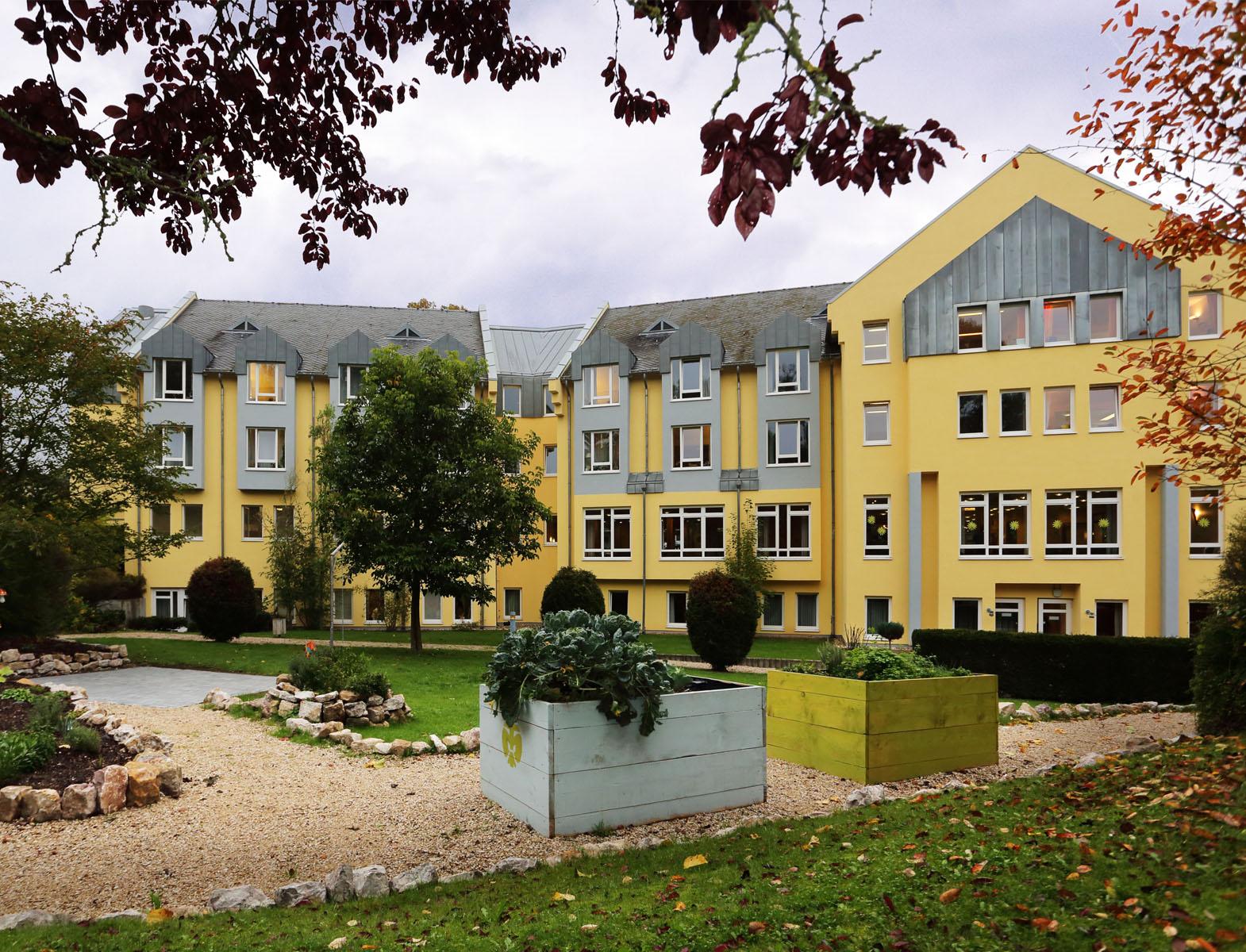 betreutes wohnen in hillesheim eifel maternus betreutes wohnen st josefs haus. Black Bedroom Furniture Sets. Home Design Ideas